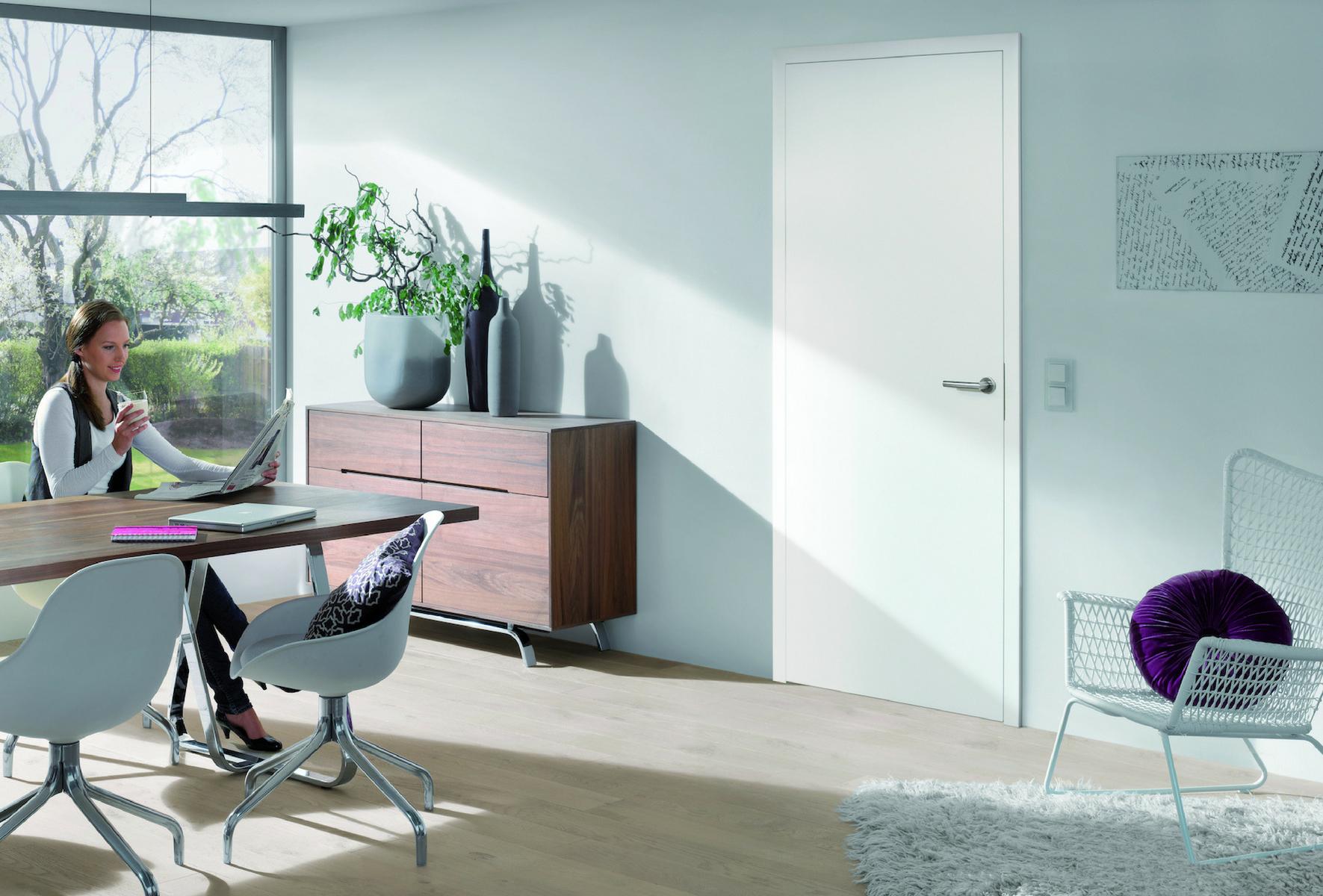 t ren streichen tipps f r anstrich pflege. Black Bedroom Furniture Sets. Home Design Ideas