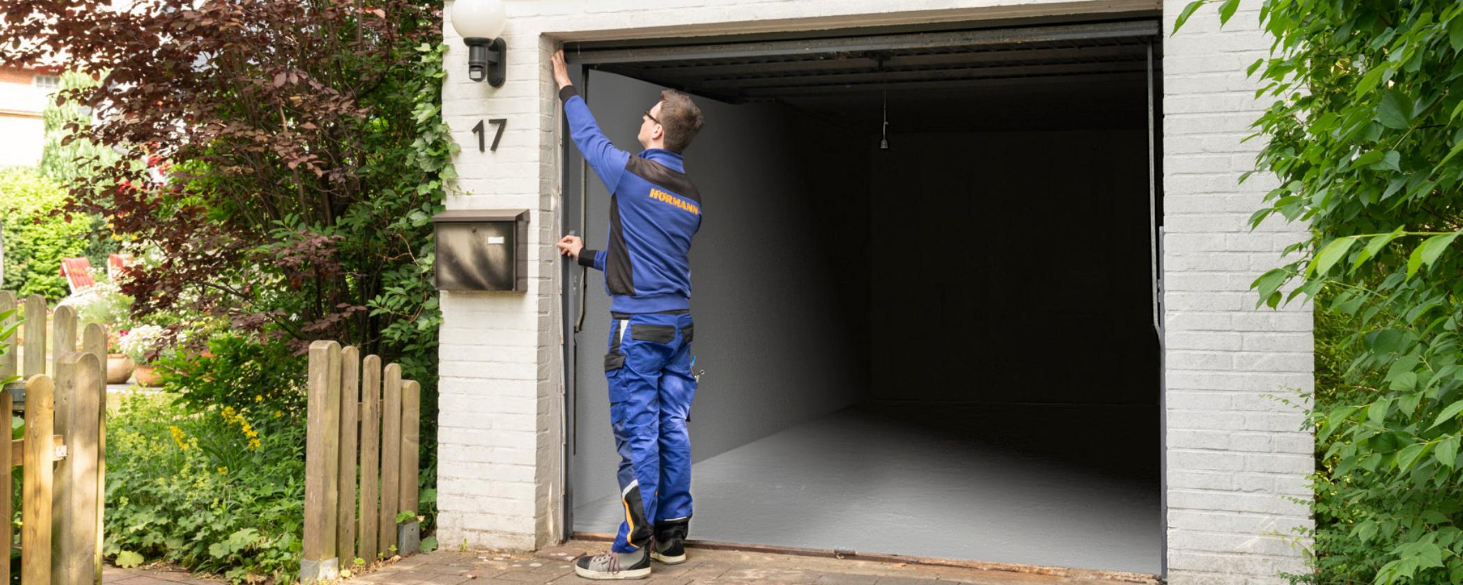 Turbo Garagentor einbauen lassen – 5 Schritte zum neuen Garagentor PM67