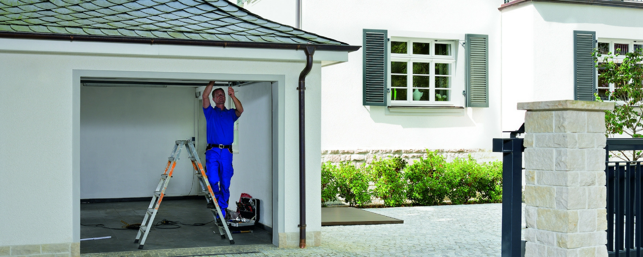 Favorit Garagentor einbauen - Hilfe vom Profi TE22